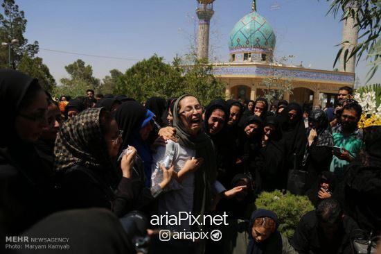 عکسهای تشییع جنازه بنیتا