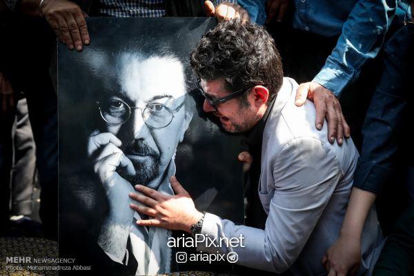 tashei02 - عکسهای مراسم تشییع جنازه ناصر چشم آذر +ویدیو