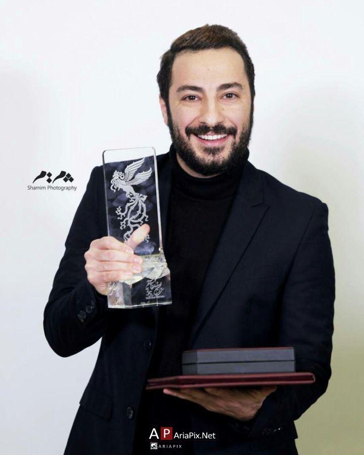 نوید محمدزاده بهترین بازیگر مرد سی و پنجمین جشنواره فیلم فجر