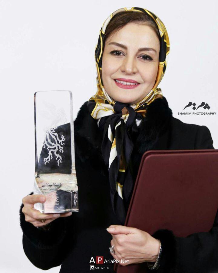 مریلا زارعی بهترین بازیگر زن سی و پنجمین جشنواره فیلم فجر 95