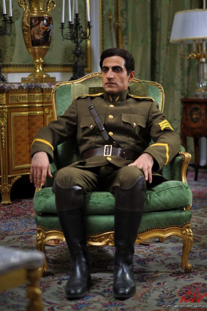 نقش بازیگران معمای شاه