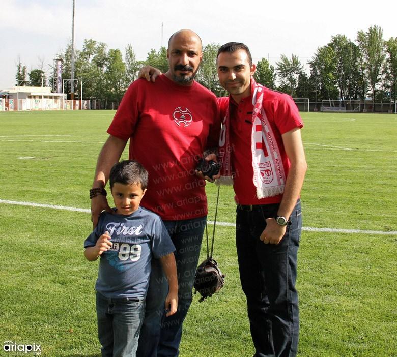 امیر جعفری و پسرش در تمرین فوتبال
