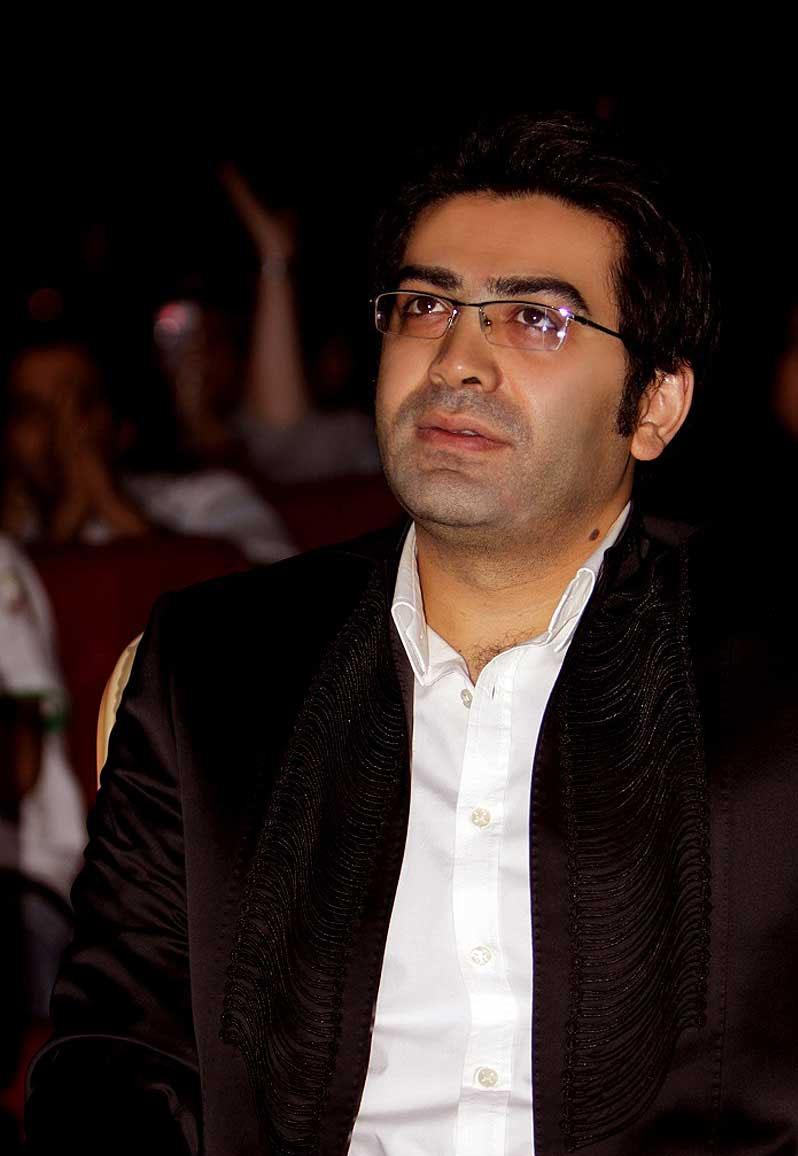 فرزاد حسنی,عکس جدید فرزاد حسنی در کنسرت علی لهراسبی مرداد 90