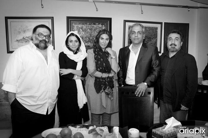 عکس یادگاری بازیگران قهوه تلخ , مهران مدیری , سیامک انصاری لیلا بلوکات