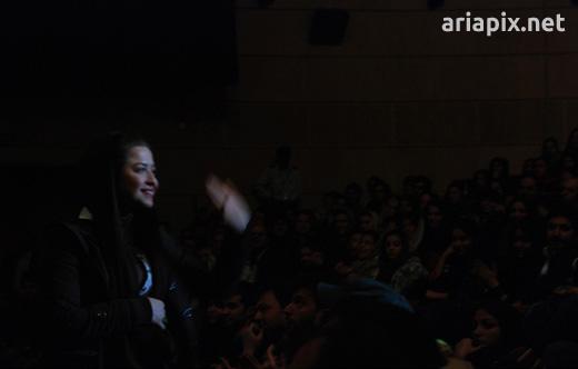 مهراوه شریفی نیا در کنسرت مازیار فلاحی