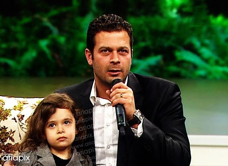 پژمان بازغی و همسرش و دخترش در نوروز 92