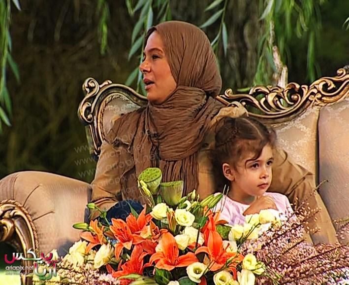 عکسهای جدید پژمان بازغی و همسرش مستانه مهاجر و دخترش