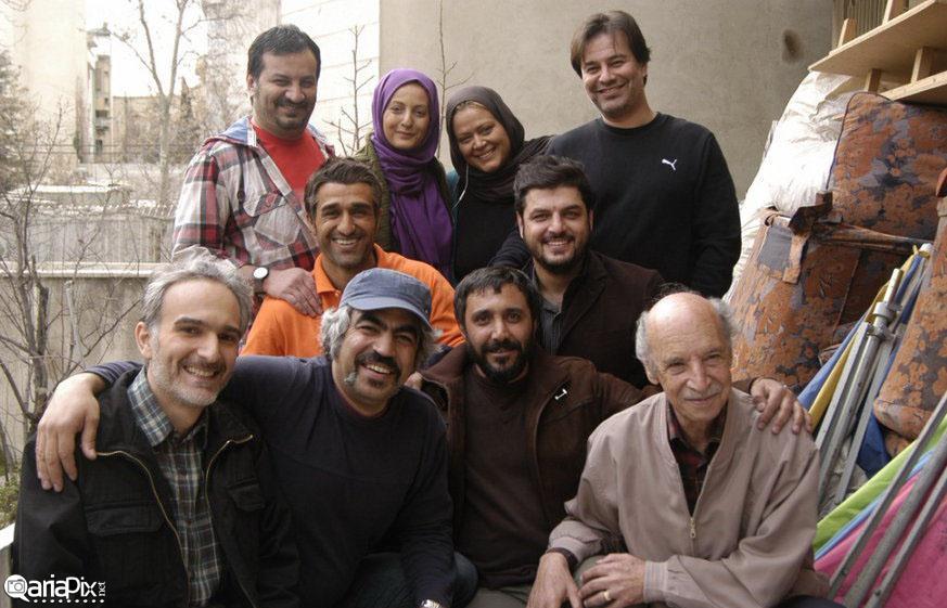 پشت صحنه سریال پژمان,عکس یادگاری بازیگران سریال پژمان در پشت صحنه مجموعه