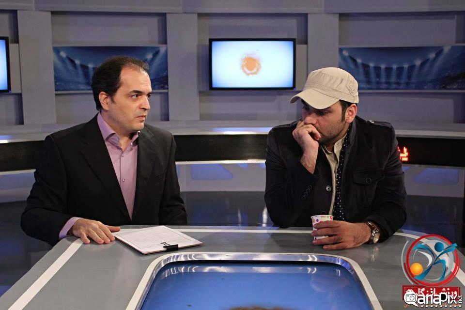 جدیدترین عکس احسان علیخانی مجری,احسان علیخانی در پشت صحنه ورزش از نگاه دو