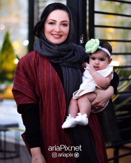شیلا خداداد و دخترش در مراسم تقدیر از حمید نعمت الله
