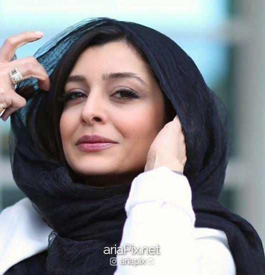 ساره بیات بی حجاب