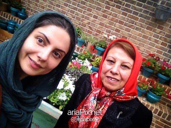 سولماز غنی و مادرش