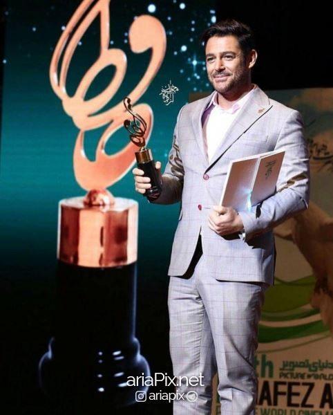 جایزه محمدرضا گلزار در جشن حافظ