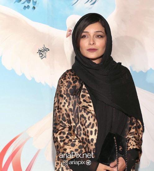 ساره بیات در مراسم اهدای جوایز جشن حافظ