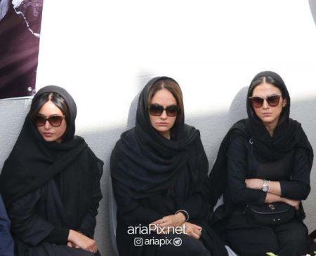 مهناز افشار , پرنیاز ایزدیار و هدی زین العابدین بازیگران زن سینما در تشییع ناصر ملک مطیعی