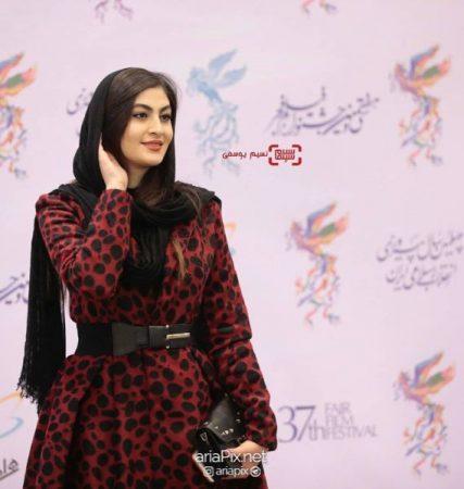 مریم مومن در افتتاحیه جشنواره فیلم فجر