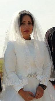 پرستو صالحی با لباس عروس