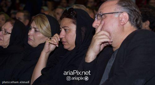 همسر عارف لرستانی در مراسم چهلم او