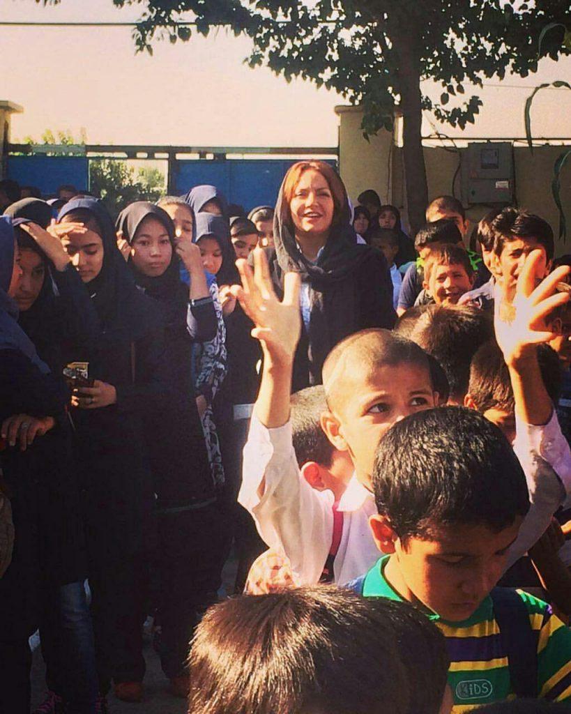 مهناز افشار در اولین روز مدارس