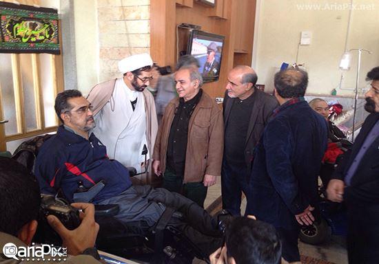 پرویز پرستویی در آسایشگاه جانبازان مشهد