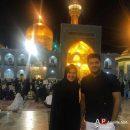 سام درخشانی و همسرش در مشهد حرم امام رضا (ع)