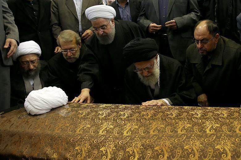 حضور مقام معظم رهبری در تشییع جنازه رفسنجانی